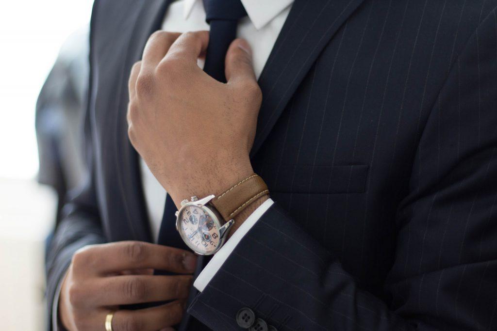 Für jedes Unternehmen mit Angestellten ein extrem wichtiges Thema - raus aus der Jammer- und Schuldzuweisungsblase, rein in die Eigenverantwortung.