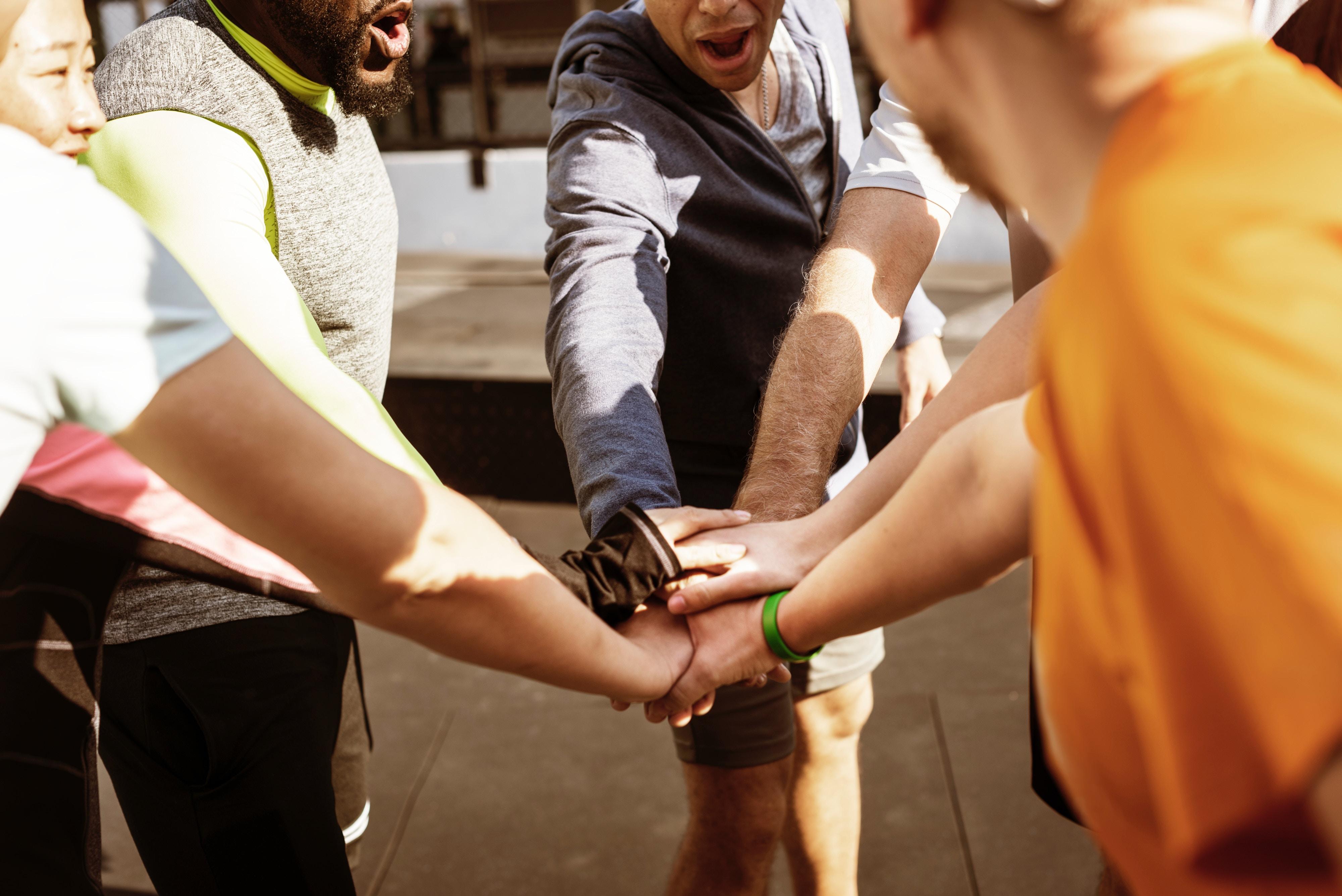 So gewinnen Sie und Ihre Mitarbeiter aus dem menschlichen Miteinander Energie und Motivation. Lachen und nützliche Aha-Momente garantiert.